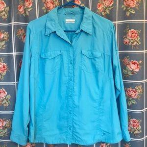 Columbia Woman's 1X, long sleeve button up shirt,